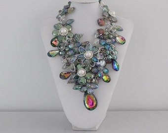 Statement necklace crystal freshwater pearls neckpiece couture jewellery costume jewellery