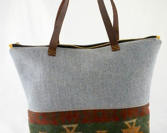 Medium purse | heather gray and tribal | genuine leather straps