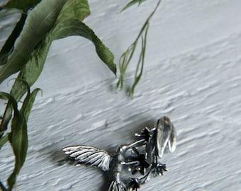 Hummingbird brooch, sterling silver brooch, bird brooch, nature jewelry, nature brooch, flower brooch, bird jewelry, unique brooch