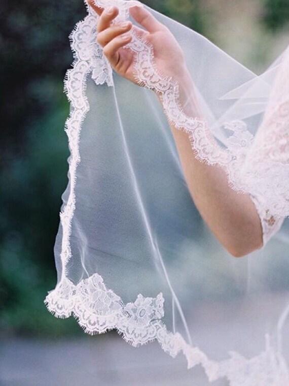 Lace Wedding Veil, Soft Tulle Veil, Chantilly Lace Veil , Lace Bridal Veil , Delicate Lace Veil , Cathedral Veil - SARA BETH