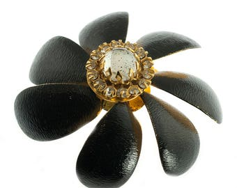 Sandor Black Flower Pin