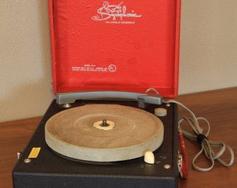 Symphonic Portable Record Player in Red & Black