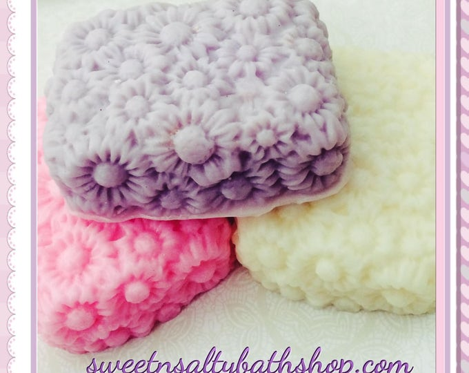 Decorative Daisy Soap-LavenderVanilla/Jasmine/Daisy/Sweet Pea