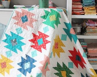 Tahoe quilt pattern - Allison Harris of Cluck Cluck Sew - modern quilt pattern, modern tribal, aztec quilt, fat quarter friendly
