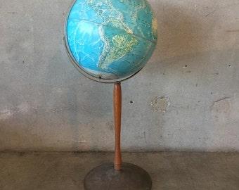 Vintage Globe on Tall Stand (P5QZBN)