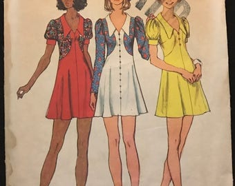 Simplicity 5499 - 1970s Mini Dress with Contrast Panels - Size 10 Bust 32.5