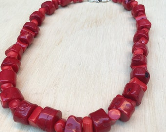 Red Coral Necklace; Large Coral Necklace, Chunky Coral Necklace; Chunky Red Necklace; Coral Jewelry; Christmas Necklace; Red Necklace