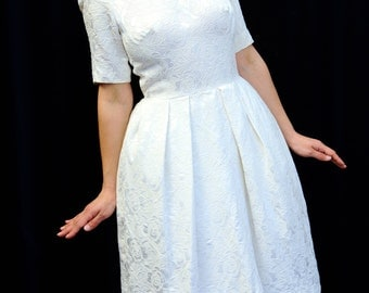 1950's dress 50's Vintage wedding dress white embossed floral print short sleeve pleated skirt 50s Formal dress small size