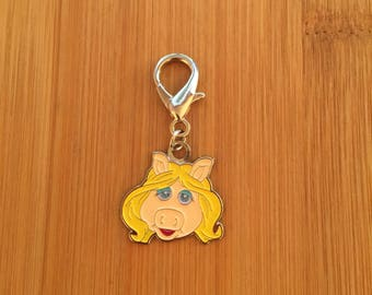 "Muppets ""Miss Piggy"" zipper charm with key ring, Muppets ""Miss Piggy"" zipper pull, Muppets ""Miss Piggy"" purse charm, Miss Piggy keychain"