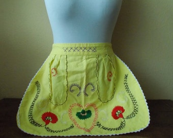Vintage Half Apron, Embroidered apron, Yellow apron, Vintage apron, Patterned apron, Half apron, gift for her, colorful apron, pretty apron