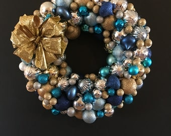 Christmas Ball Wreath with Gold Bow