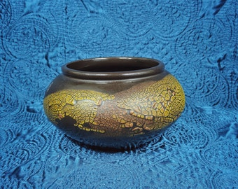 Textured Ceramic Earthy Bowl