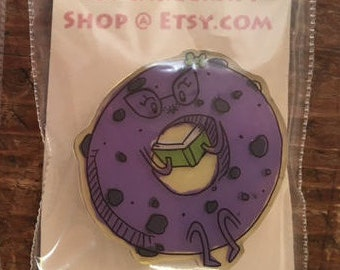 Blueberry Bagel Shrink Pin