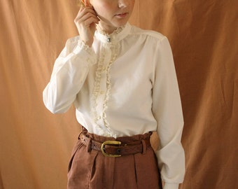 Vintage 1980s Cream Lace Frill Button Up Blouse size XS-S