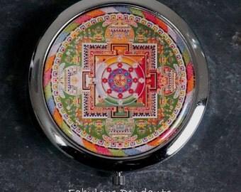 Compact Mirror Purse Mirror Pocket Mirror Handbag Mirror Mandala Patterned Bridesmaids Gift Platinum Bronze