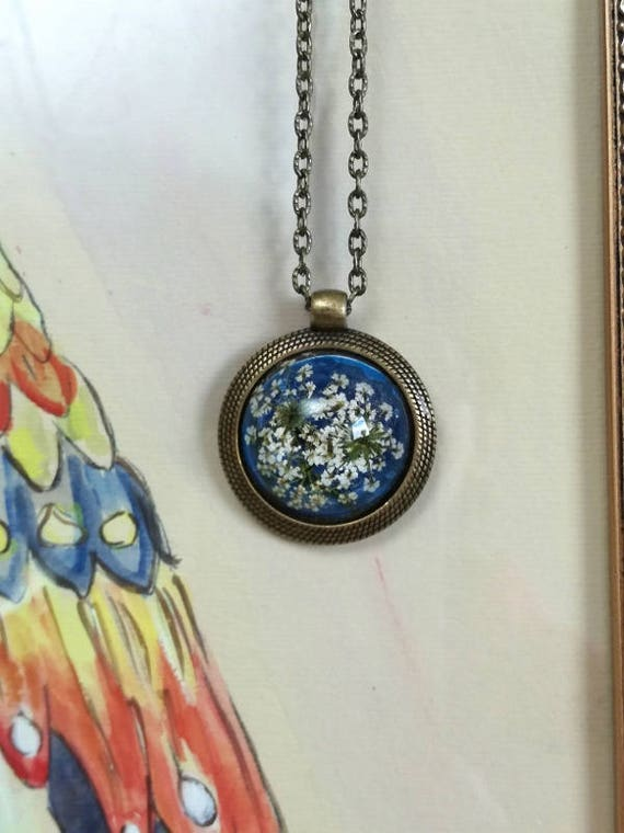 Summer Necklace with real dried queen anne's lace in blue bronze setting, floral jewelry, terrarium resin necklace, romantic necklace