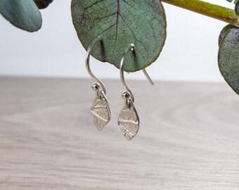 Silver Leaf Earrings - Silver Dangle Earrings - Dainty Earrings - Bridesmaid Gift - Delicate Jewelry - Nature Earrings - Girlfriend Gift
