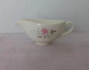 Mid Century Gravy Boat with Pink Roses, Vintage, USA, 1950s Floral Pattern, Shabby, Farmhouse, Cottage