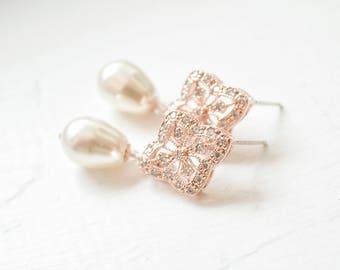 Pearl Bridal Earrings Rose Gold, Wedding Earrings Rose Gold, Pearl Rose Gold Drop Earrings