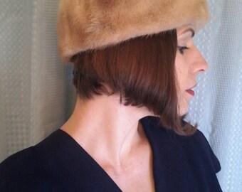 Vintage 1950s Blonde Mink Hat, LaPaulls Fur Hat, Mink Hat, Winter Fur Hat, Light Brown Fur Hat, Hat Topper, Vintage Fur Hat, 1950s Mink Hat