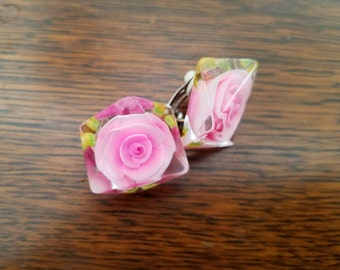 Vintage Resin Pink Rose Clip On Earrings