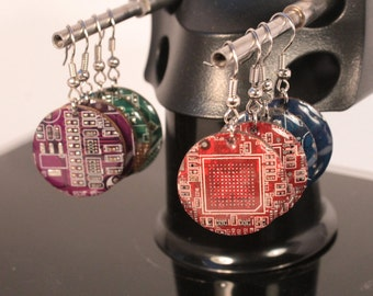 Circuit Board Round Earrings - Recycled Jewelry - Electronic Gift - Unique gift for Her - Geeky Earrings - Upcycled Computer Jewelry