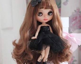 Set fancy dress and a bow for custom Blythe doll