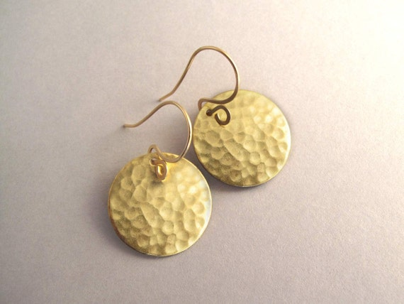 Hammered Gold Disc Earrings, Hammered Gold Earrings, Simple Gold Earrings, Gold Tone Earrings, Everyday Earrings, Gold Circle Earrings