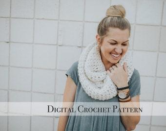 Crochet Pattern / The Vee Super Chunk Scarf Pattern 035 / Infinity Scarf Pattern / Chunky Scarf for Women / Chunky Cowl Scarf / Fall Fashion