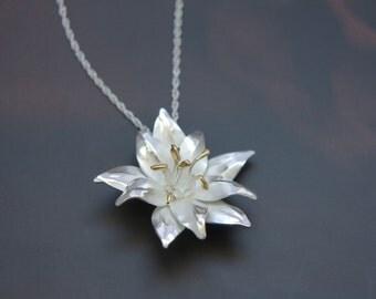 Flower pendant - Bridal pendant -Lily pendant -  Wedding accessories - Floral pendant - Silver necklaces