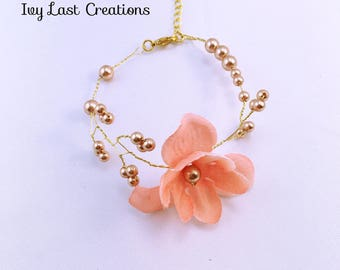 Wedding spring flowers bracelet