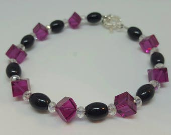 Swarovski and Glass Beaded bracelet with toggle clasp