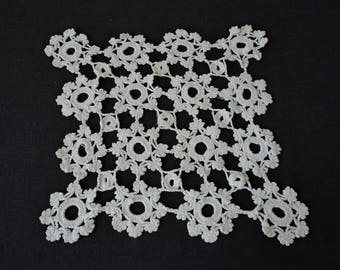 Vintage French hand crochet white cotton doily (04772)