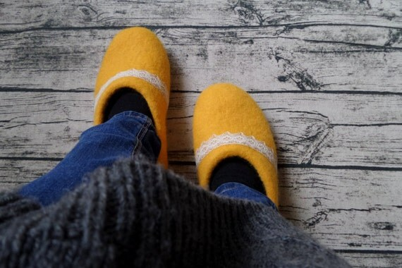 Mother gift Wool slippers Womens felt clogs Organic Natural Warm Handmade slippers Bright Yellow