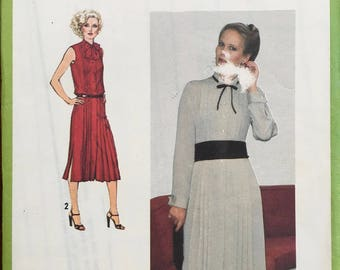 1979 size 10  Sewing Pattern for a Woman's Dress with pleats - Simplicity 8996 Uncut New 1988