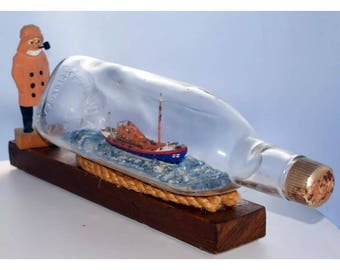 Museum ship in a bottle  lifeboat