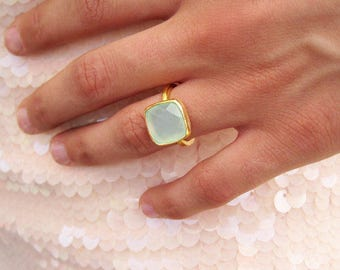 SALE - Aqua Chalcedony Statement Ring - Gold Ring - Stackable Ring - Aqua Ring - Bezel Ring