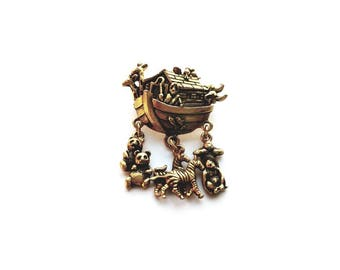 Vintage Avon Gold Noah's Ark with Dangle Animals  Brooch