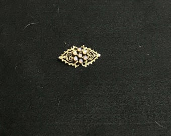 Gold Tone delicate opalescent pin / brooch / pendant