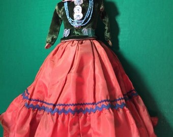 Another Antique Cloth International Indian Doll. Museum quality circa 1930
