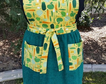 Handmade Garden Vegetable Print Apron with Quilted Bib, Green Terrycloth Skirt and Coordinating Pockets