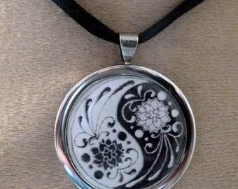 ying yang lotus necklace
