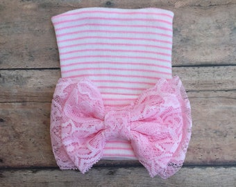 Baby Girl Hospital Hat - Newborn baby girl hat - Hospital Hat - Hospital Beanie - Pink and white hat - Baby Girl Hat - Lace bow - Baby Girl