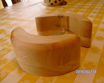 Cedar and Pine  big head hat stretcher 2 1/4 inches tall