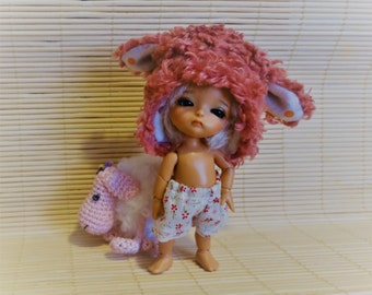 'Little cute sheep' hat for Lati White, Pukipuki, small Blythe doll and similar size of head 3/4