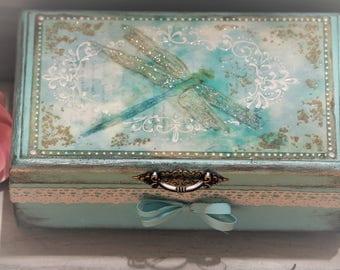 Dragonfly Box, Makeup Storage, Elegant Chic Decoupage box , Dragonfly Keepsake box, Treasury Box, Decorative Wooden Box, Personalized  Box