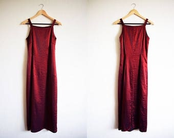Vintage Shimmering 90s Red Prom Dress With Split / Long Statement Formal Party Dress
