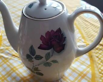 Alfread Meaking Coffee Pot