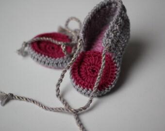 Crochet Slippers For Newborn and Preemie