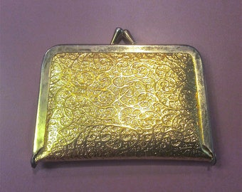 Vintage Embossed Gold Fabric Sewing Kit Looks Like Coin Purse Needles Thread 1950's